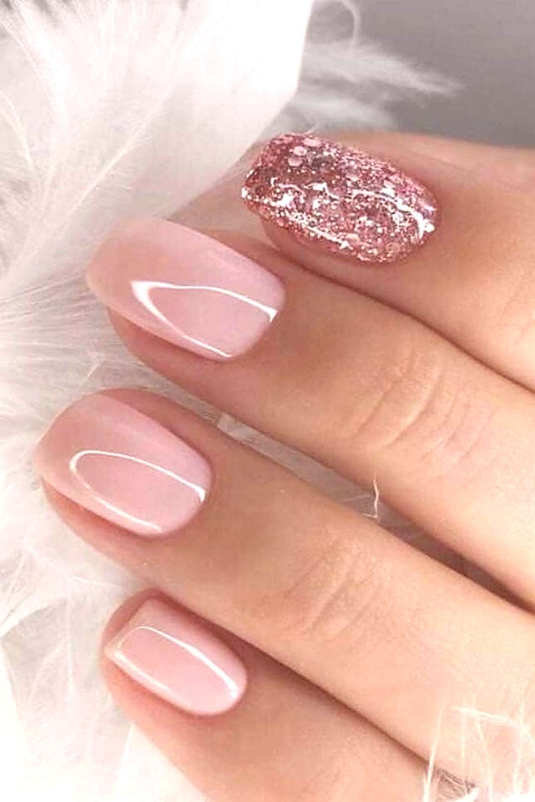 39 Fabulous Ways to Wear Glitter Nails Designs for 2019 Summer! - Page 4 of 39 -  Daily Women Blog!