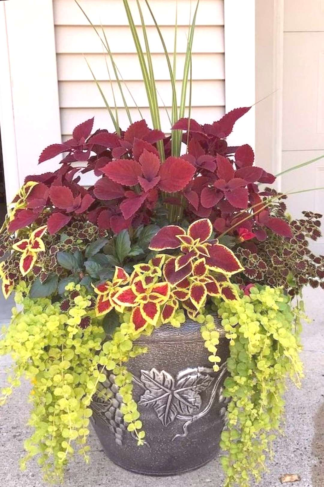 60 Easy and Fresh Spring Container Garden Flowers Ideas for Beginner -  Adorable 60 Easy and Fresh